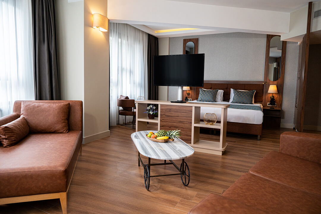 Grand Sirkeci Hotel Corner Suite Room