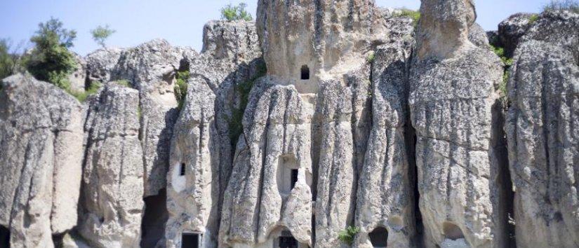 کلیسٹرا قدیم پتھر کا شہر